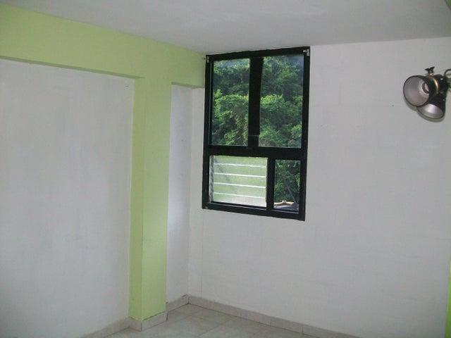 Apartamento Carabobo>Valencia>Las Chimeneas - Venta:33.500.000 Bolivares Fuertes - codigo: 16-11079