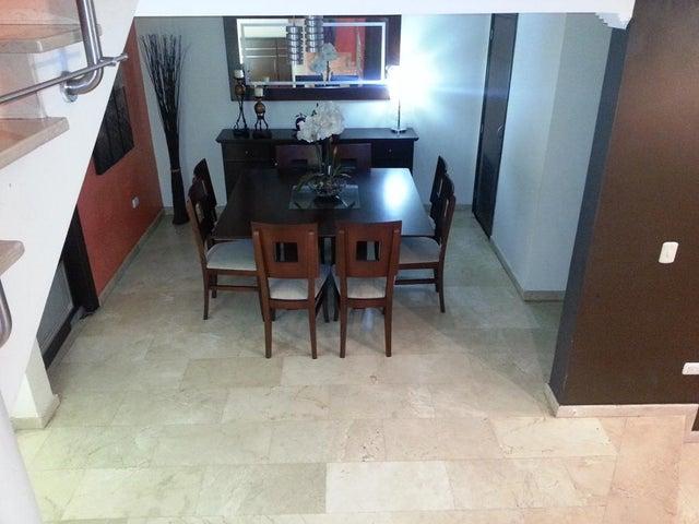 Townhouse Zulia>Cabimas>Las 40 - Venta:110.000 US Dollar - codigo: 16-11151