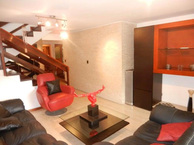 Townhouse Distrito Metropolitano>Caracas>Las Esmeraldas - Venta:282.375.000.000 Precio Referencial - codigo: 16-11176