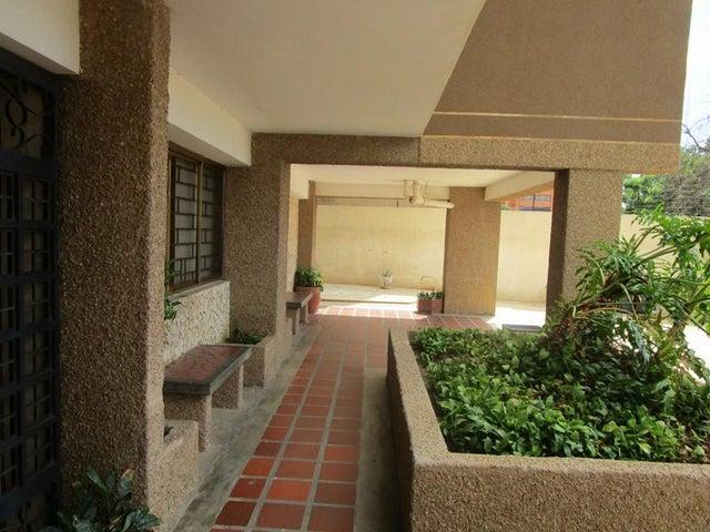 Apartamento Zulia>Maracaibo>Tierra Negra - Venta:105.000.000 Bolivares Fuertes - codigo: 16-11184