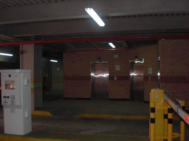 Local Comercial Distrito Metropolitano>Caracas>Chacao - Venta:7.615.000.000 Precio Referencial - codigo: 16-11258