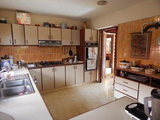 Casa Distrito Metropolitano>Caracas>Prados del Este - Venta:288.606.000.000 Precio Referencial - codigo: 16-11284