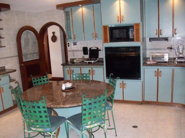 Apartamento Distrito Metropolitano>Caracas>La Boyera - Venta:19.237.000.000 Bolivares Fuertes - codigo: 16-11271