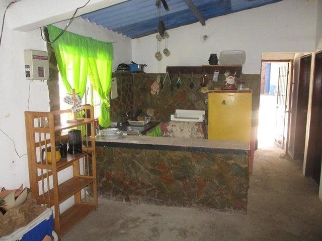 Casa Nueva Esparta>Margarita>El Tirano - Venta:4.619.000.000 Bolivares - codigo: 16-11298