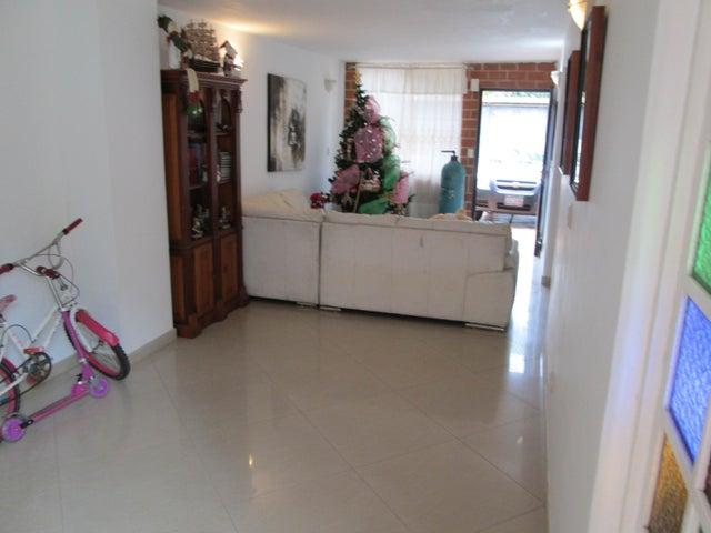 Townhouse Miranda>Guarenas>Nueva Casarapa - Venta:18.458.000.000 Bolivares - codigo: 16-11326