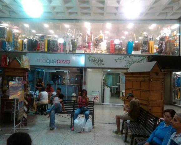 Local Comercial Distrito Metropolitano>Caracas>Valle Abajo - Venta:30.536.000.000 Precio Referencial - codigo: 16-11339