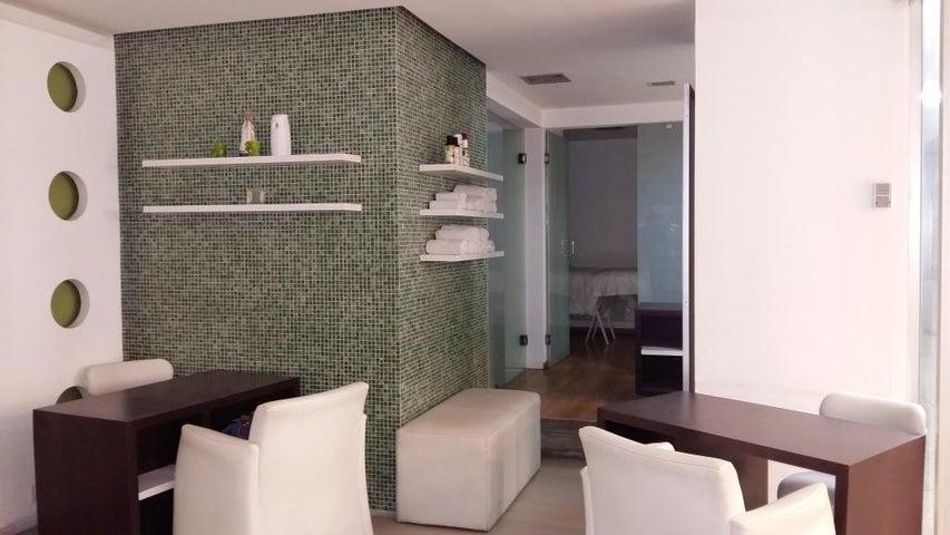 Local Comercial Distrito Metropolitano>Caracas>Valle Abajo - Venta:32.067.000.000 Precio Referencial - codigo: 16-11352
