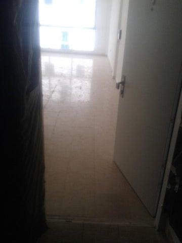 Apartamento Distrito Metropolitano>Caracas>Los Naranjos de Las Mercedes - Venta:192.404.000.000 Precio Referencial - codigo: 16-11370
