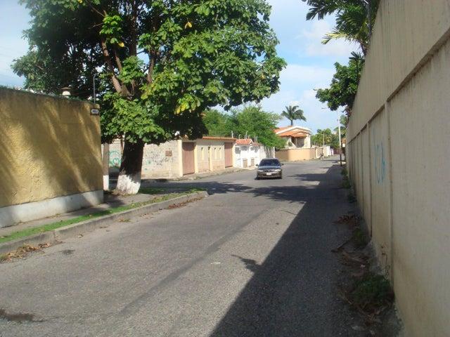 Casa Lara>Barquisimeto>Nueva Segovia - Venta:91.609.000.000 Precio Referencial - codigo: 16-11483