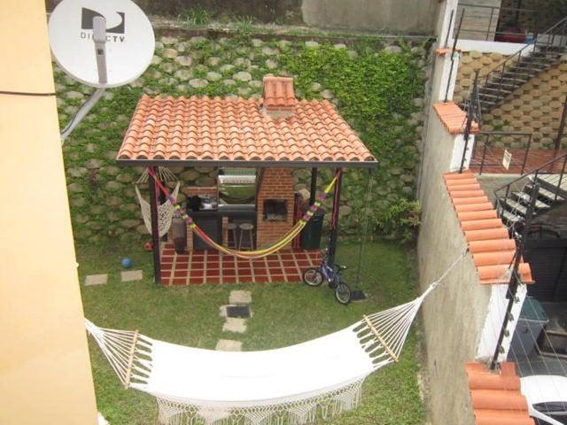 Casa Distrito Metropolitano>Caracas>Los Robles - Venta:91.385.000.000 Precio Referencial - codigo: 16-11452