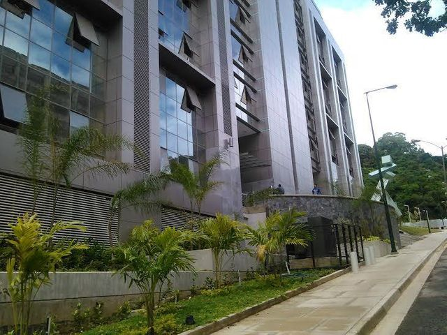 Oficina Distrito Metropolitano>Caracas>Santa Paula - Venta:23.094.000.000 Bolivares - codigo: 16-3561