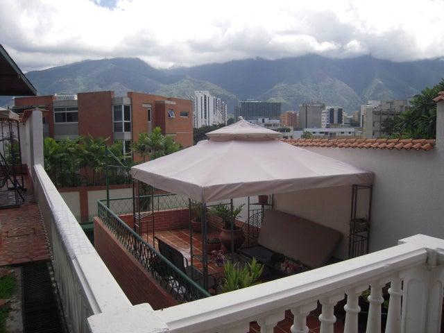 Casa Distrito Metropolitano>Caracas>Colinas de Bello Monte - Venta:350.000 Precio Referencial - codigo: 16-11966