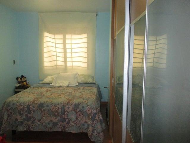 Apartamento Distrito Metropolitano>Caracas>Los Naranjos de Las Mercedes - Venta:72.422.000.000 Bolivares Fuertes - codigo: 16-11586
