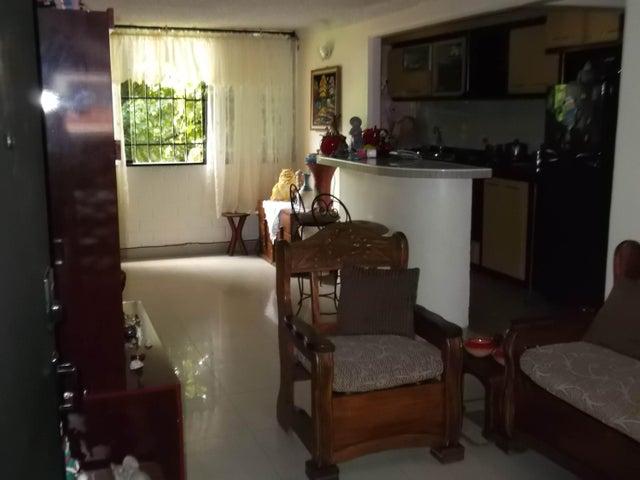 Apartamento Miranda>Guarenas>Nueva Casarapa - Venta:12.215.000.000 Precio Referencial - codigo: 16-11588