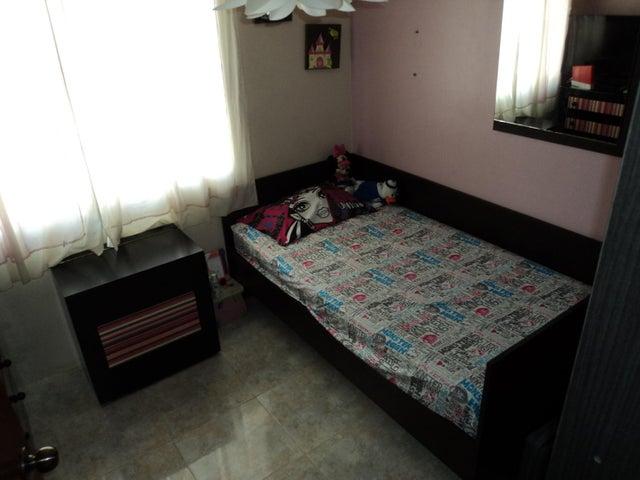 Casa Miranda>Guatire>Villa Heroica - Venta:13.964.000.000 Bolivares - codigo: 16-11593