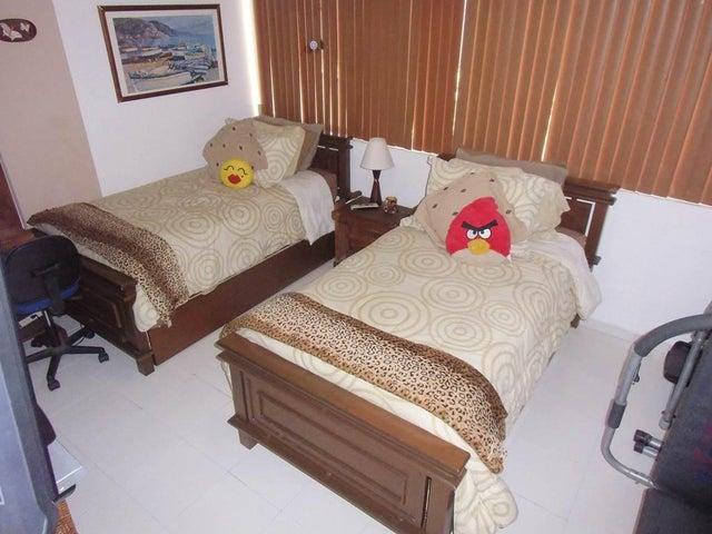 Apartamento Vargas>Parroquia Caraballeda>Caribe - Venta:85.568.000.000 Precio Referencial - codigo: 16-11729