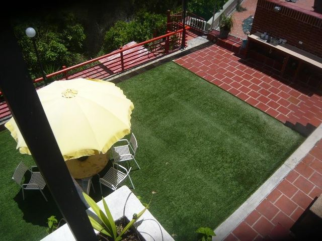 Casa Distrito Metropolitano>Caracas>Los Naranjos del Cafetal - Venta:210.671.000.000 Precio Referencial - codigo: 16-11777