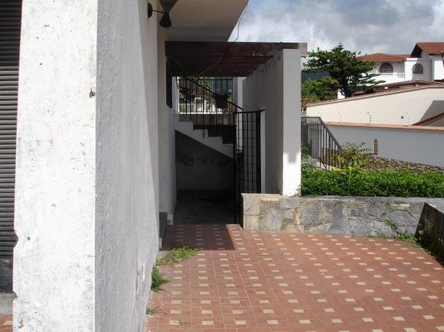 Casa Distrito Metropolitano>Caracas>Prados del Este - Venta:86.001.000.000 Bolivares - codigo: 16-11806