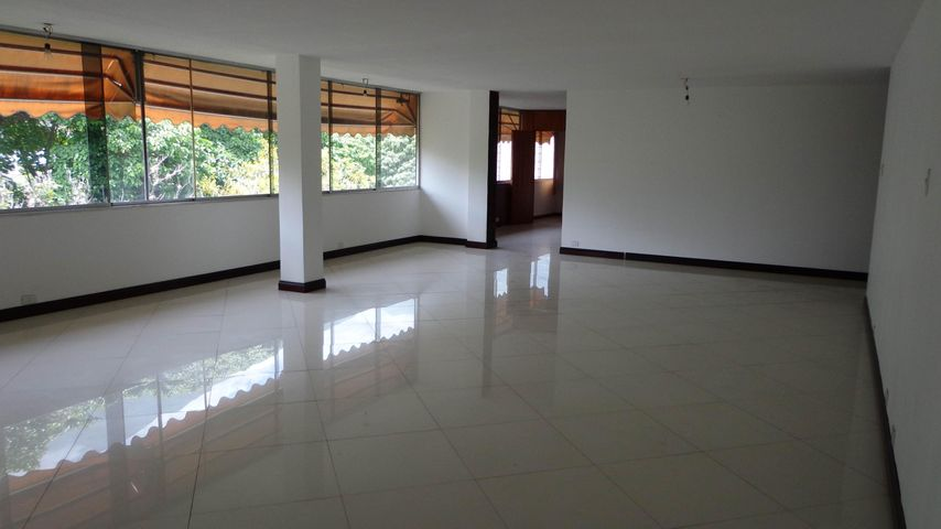 Apartamento Distrito Metropolitano>Caracas>Altamira - Venta:83.467.000.000 Bolivares Fuertes - codigo: 16-12004