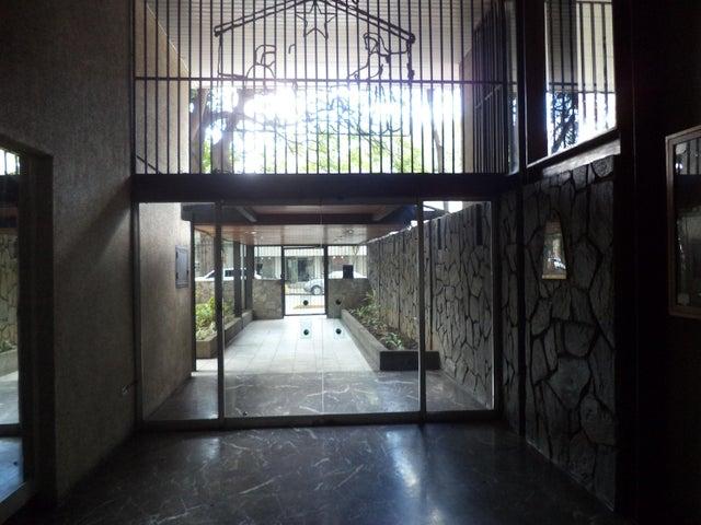 Apartamento Distrito Metropolitano>Caracas>El Paraiso - Venta:17.267.000.000 Bolivares Fuertes - codigo: 16-11828