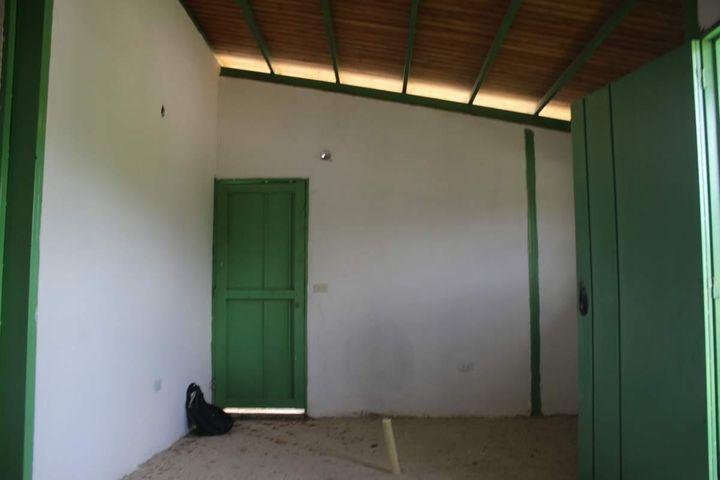 Casa Miranda>Tacarigua>Tacarigua - Venta:611.000.000 Precio Referencial - codigo: 16-12147