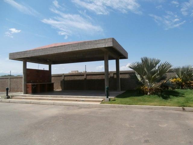 Apartamento Falcon>Coro>Plaza Suiza - Venta:225.000.000 Bolivares Fuertes - codigo: 16-11930