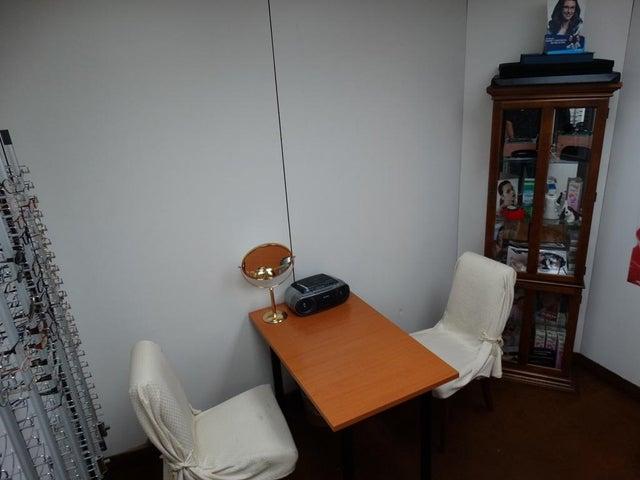 Oficina Distrito Metropolitano>Caracas>El Rosal - Venta:128.352.000.000 Precio Referencial - codigo: 16-11944
