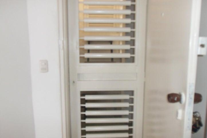 Apartamento Vargas>Parroquia Caraballeda>Tanaguarena - Alquiler:250.000 Bolivares Fuertes - codigo: 16-11185