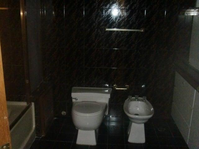 Apartamento Zulia>Maracaibo>La Lago - Venta:96.202.000.000 Precio Referencial - codigo: 16-11978