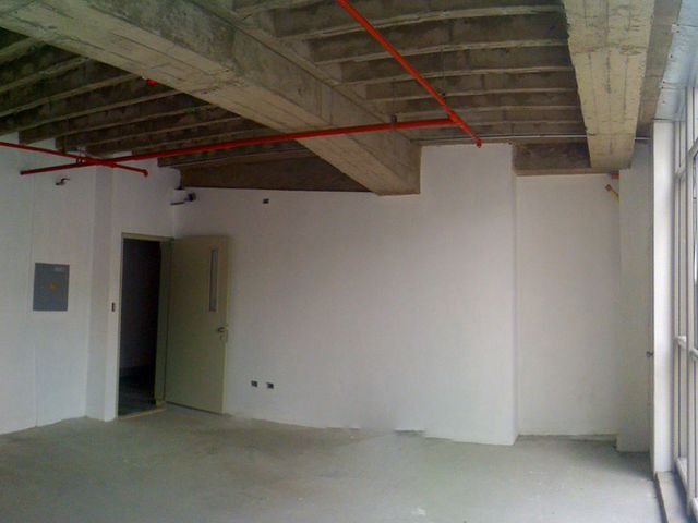 Oficina Distrito Metropolitano>Caracas>Santa Paula - Venta:27.760.000.000 Bolivares - codigo: 16-11984