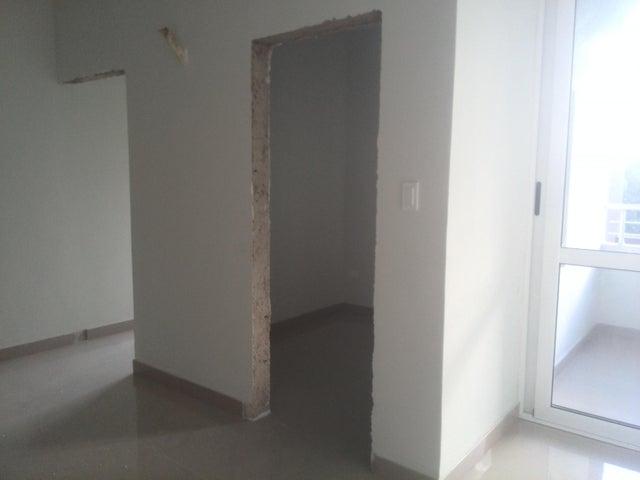 Apartamento Carabobo>Valencia>Las Chimeneas - Venta:35.000.000 Bolivares Fuertes - codigo: 16-12033
