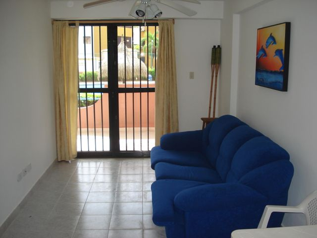 Apartamento Miranda>Higuerote>Agua Sal - Venta:32.067.000.000 Precio Referencial - codigo: 16-12060