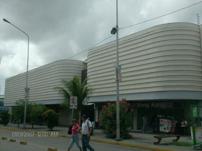 Local Comercial Lara>Barquisimeto>Parroquia Catedral - Venta:20.000.000 Bolivares - codigo: 16-12058