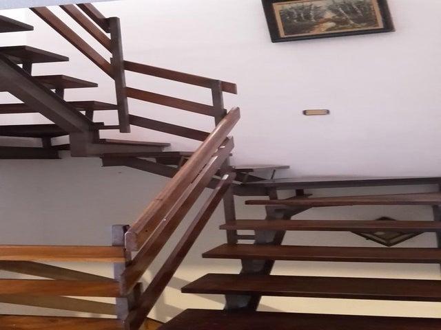 Casa Distrito Metropolitano>Caracas>El Marques - Venta:134.360.000.000 Precio Referencial - codigo: 16-12103