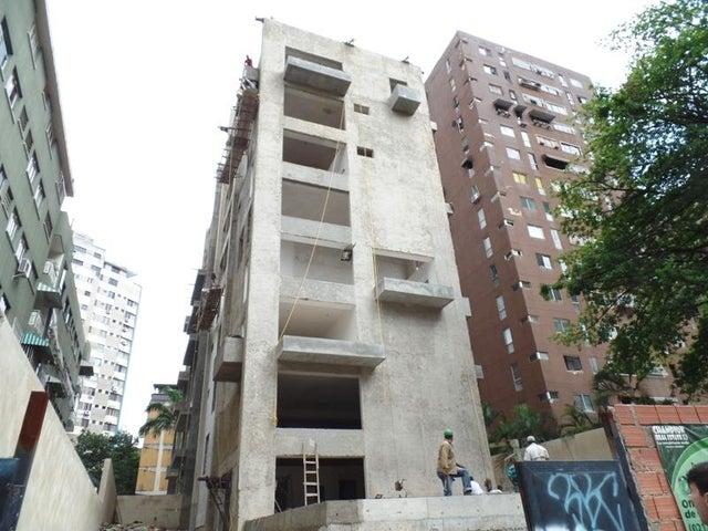 Apartamento Distrito Metropolitano>Caracas>Los Palos Grandes - Venta:90.234.000.000 Bolivares Fuertes - codigo: 16-12180