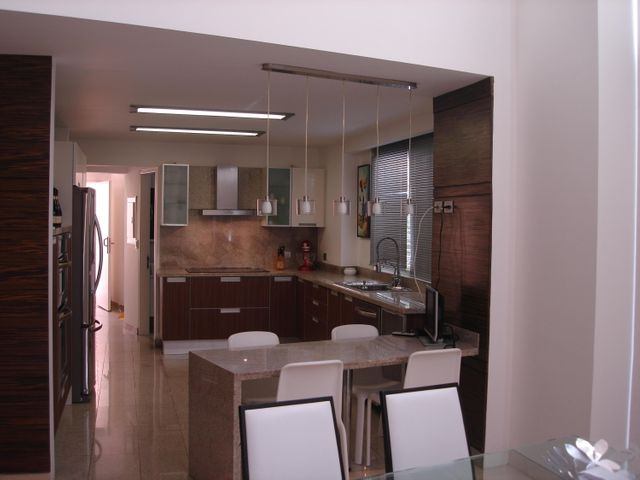 Townhouse Distrito Metropolitano>Caracas>Alto Hatillo - Venta:610.726.000.000 Precio Referencial - codigo: 16-12206