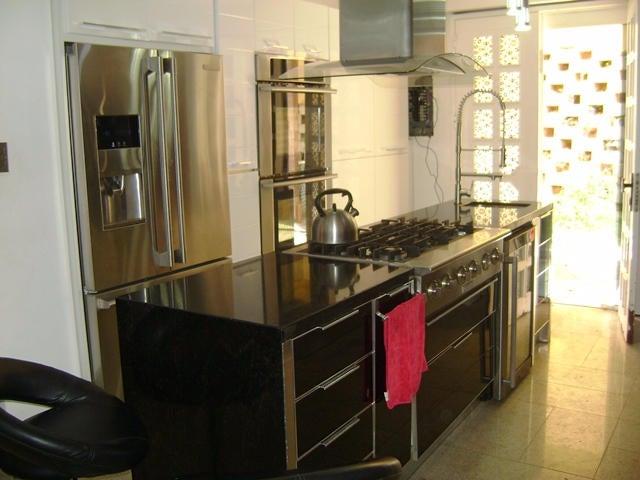 Apartamento Distrito Metropolitano>Caracas>El Hatillo - Venta:190.646.000.000 Precio Referencial - codigo: 16-12229