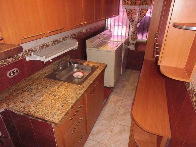 Apartamento Vargas>Parroquia Caraballeda>Caribe - Venta:25.650.000.000 Precio Referencial - codigo: 16-12290