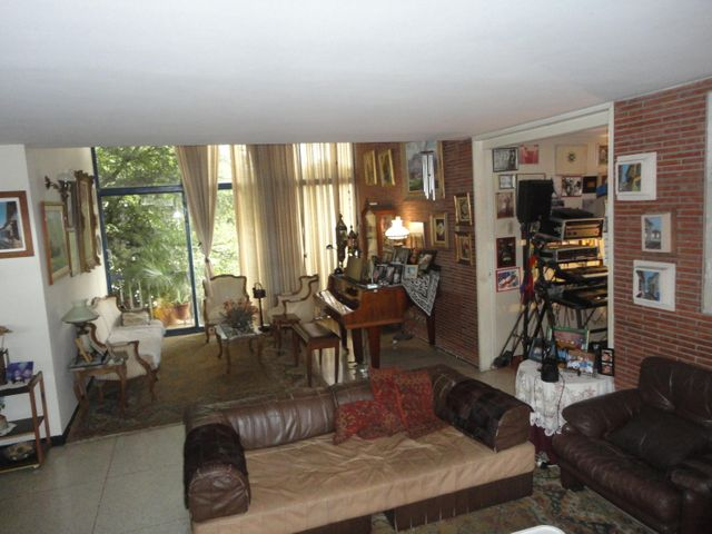 Casa Distrito Metropolitano>Caracas>La Trinidad - Venta:400.000 Precio Referencial - codigo: 16-12380