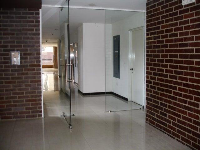Apartamento Distrito Metropolitano>Caracas>Mariperez - Venta:18.105.000.000 Bolivares Fuertes - codigo: 16-12416