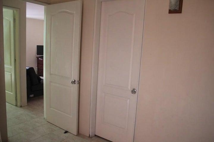Apartamento Miranda>Guatire>El Ingenio - Venta:6.923.000.000 Bolivares Fuertes - codigo: 16-12420