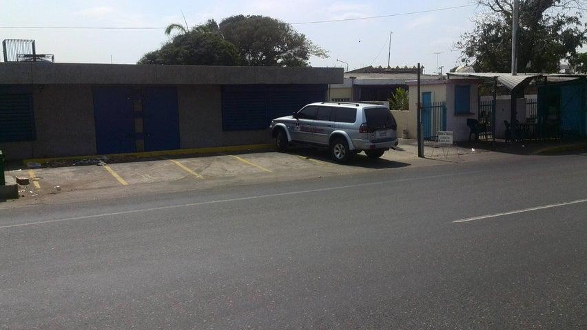Local Comercial Zulia>Maracaibo>La Floresta - Venta:25.159.000.000 Precio Referencial - codigo: 16-12422