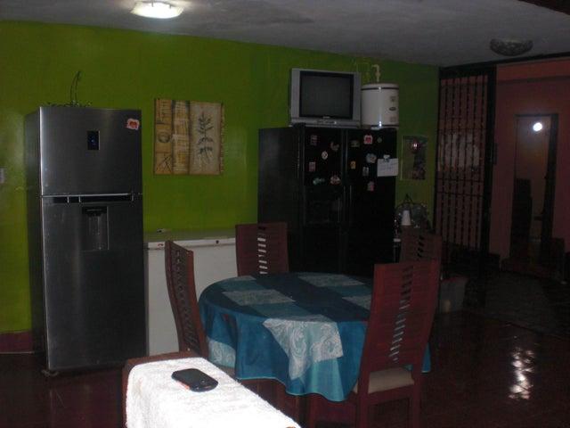 Casa Distrito Metropolitano>Caracas>Chuao - Venta:122.201.000.000 Bolivares - codigo: 16-12765