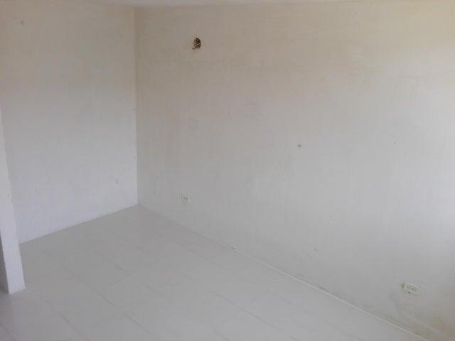 Apartamento Miranda>Guarenas>Camino Real - Venta:13.345.000.000 Precio Referencial - codigo: 16-12430