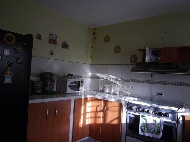 Townhouse Zulia>Maracaibo>La Fundacion Maracaibo - Venta:34.000.000  - codigo: 16-12445