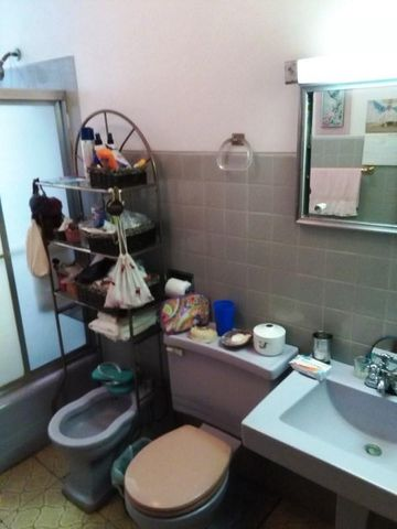 Apartamento Distrito Metropolitano>Caracas>Altamira - Venta:300.000 Precio Referencial - codigo: 16-12488