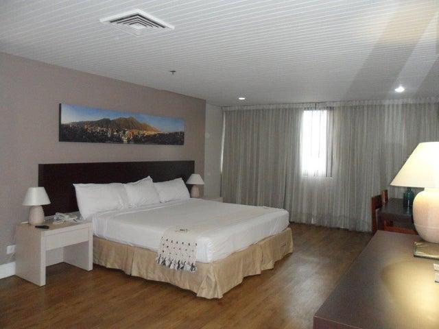 Apartamento Distrito Metropolitano>Caracas>Chuao - Venta:37.236.000.000 Bolivares Fuertes - codigo: 16-12491