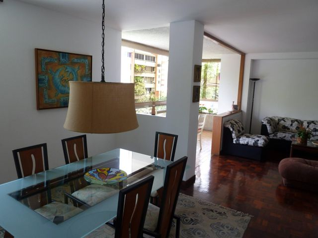 Apartamento Distrito Metropolitano>Caracas>Altamira - Venta:171.003.000.000 Precio Referencial - codigo: 16-12511