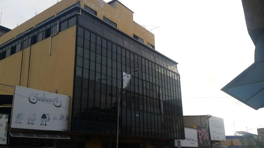 Local Comercial Lara>Barquisimeto>Parroquia Concepcion - Alquiler:120.000 Bolivares - codigo: 16-12516