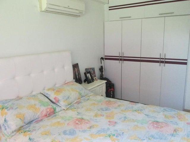 Apartamento Miranda>Guatire>El Encantado - Venta:39.137.000.000 Precio Referencial - codigo: 16-12607